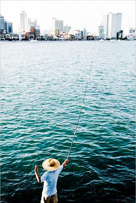 Fishing at Gwangan/광안