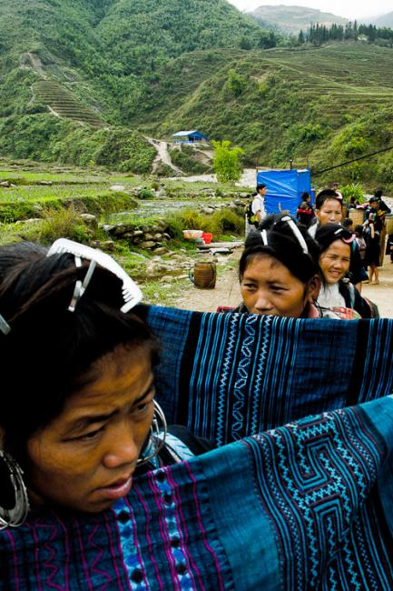 Black Hmong women selling handicraft. Sapa, Vietnam